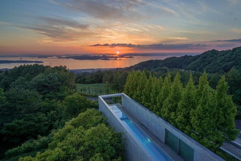 Vista piscina Japón