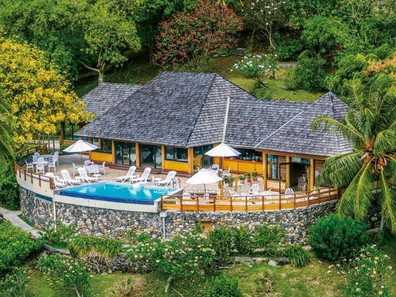 Nuku Hiva piscina