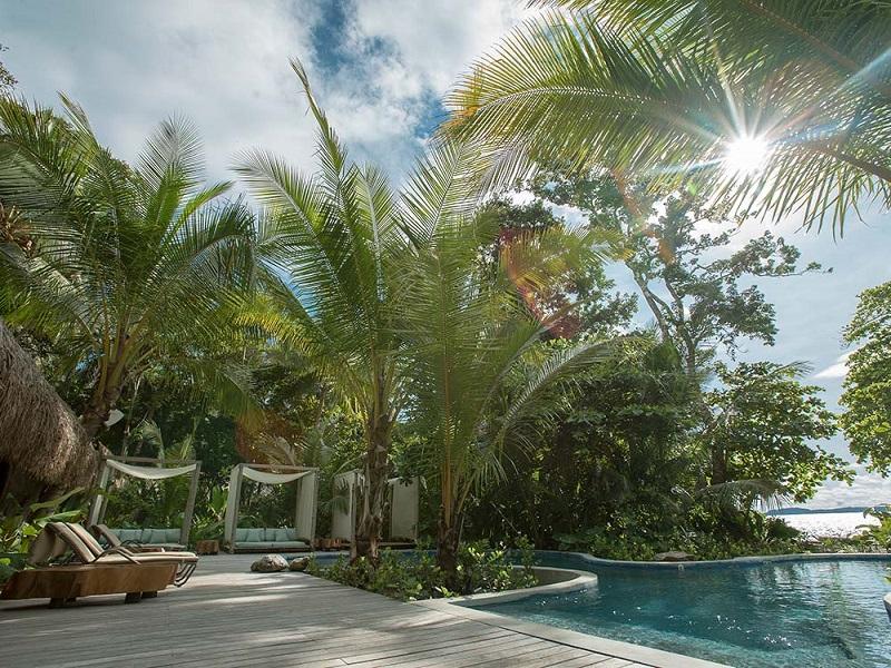 Piscina del Resort Isla Palenque