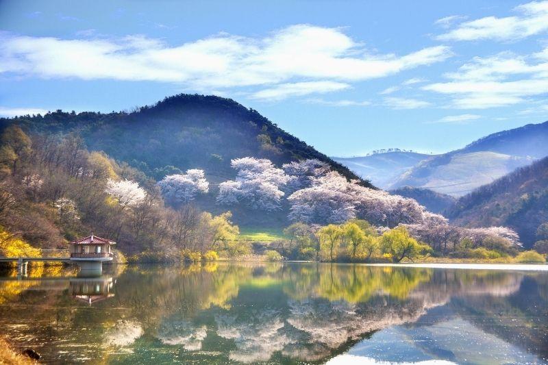 Lago en Corea